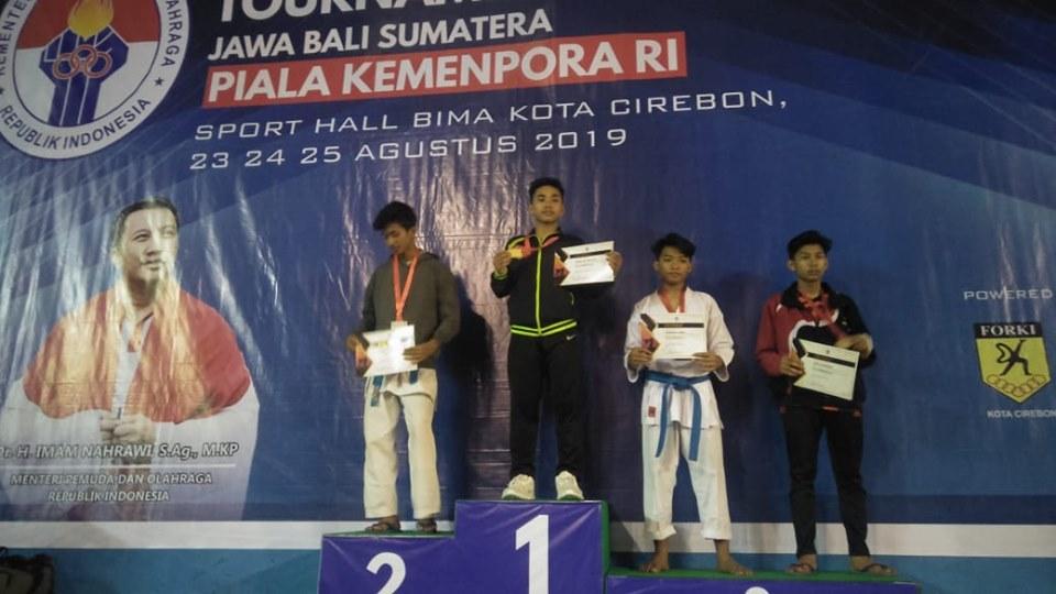 juara-3-open-turnamen-karate-se-jawa-bali-sumatra