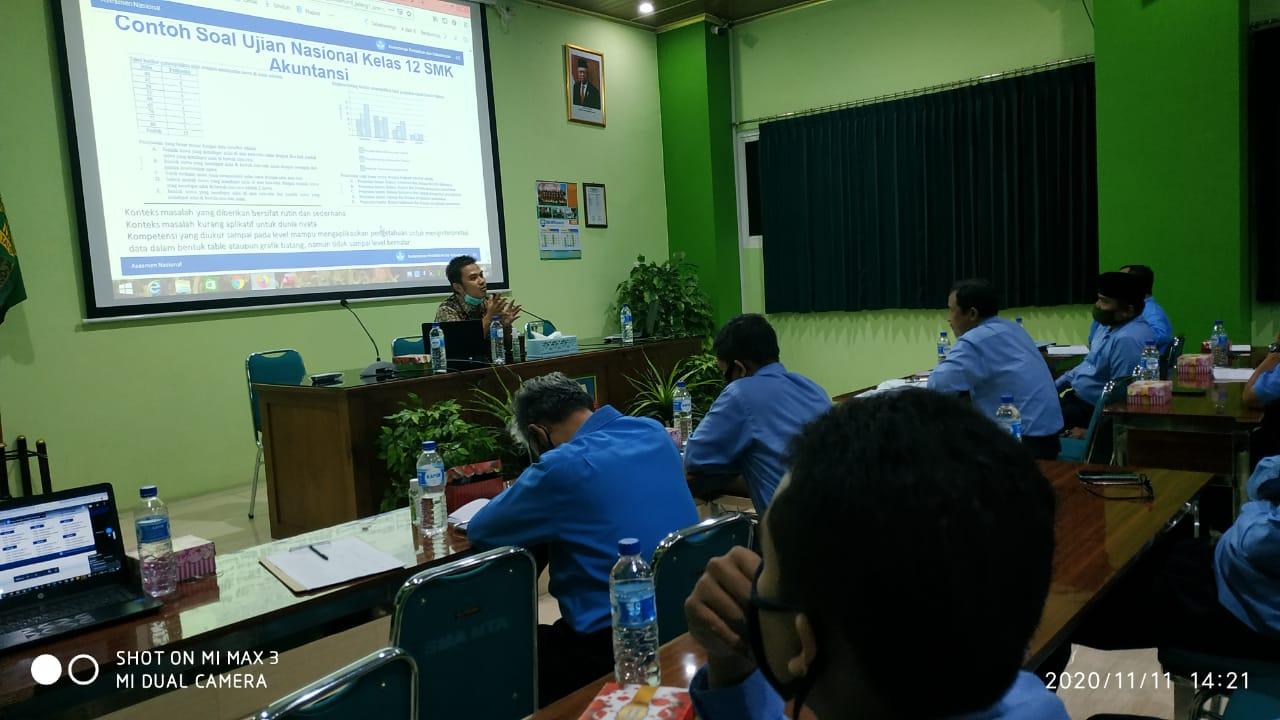 Sosialisasi AKM di SMA MTA Surakarta Bersama Pengawas (Bp. Abdul Munif, S.Pd, M.Hum.)